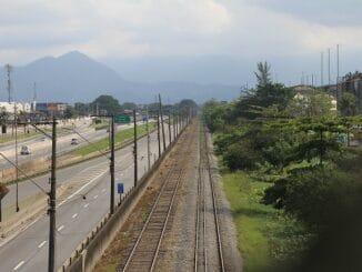 Trecho da Ferradura de Santos, que dá acesso à margem direita do Porto