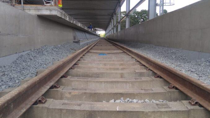 Trilhos instalados na estação Vila Mendes (janeiro/2020). Foto: Adamo Bazani
