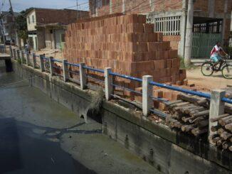 Investimentos em transporte e saneamento básico são os mais defasados na infraestrutura, diz estudo Foto: Márcia Foletto / Agência O Globo