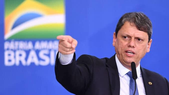 O ministro da Infraestrutura, Tarcísio Freitas, durante evento no Palácio do Planalto - Evaristo Sá - 18.mai.21/AFP