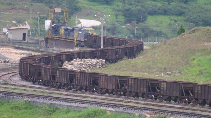 Ramal do Parateí, atualmente utilizado apenas pelos trens de cargas da MRS, poderá receber o Trem Intercidades que deverá ligar a Capital até Pindamonhangaba, no Vale / Arquivo O Diário