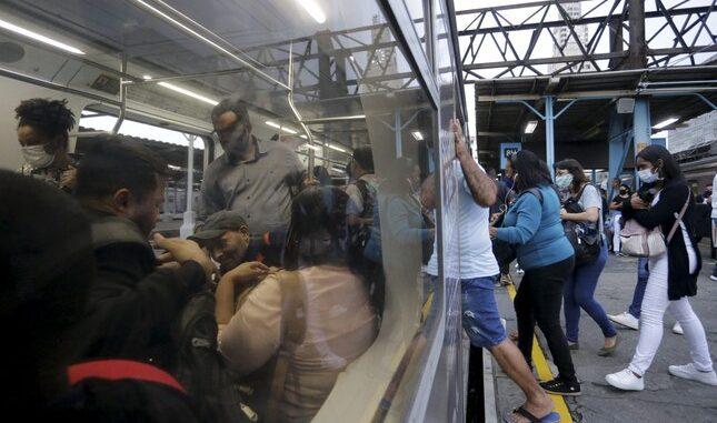 Supervia é condenada em R$ 500 mil por atropelamento em linha férrea   Domingos Peixoto/ Japeri