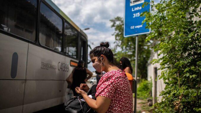 Ônibus do Rio: bilhetagem digital será implantada Foto: Brenno Carvalho / Agência O Globo